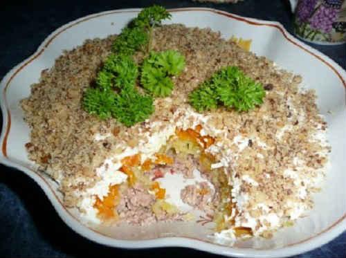 retsepty-salatov-iz-pecheni-treski