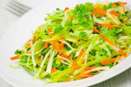 salat-iz-zelenoj-redki