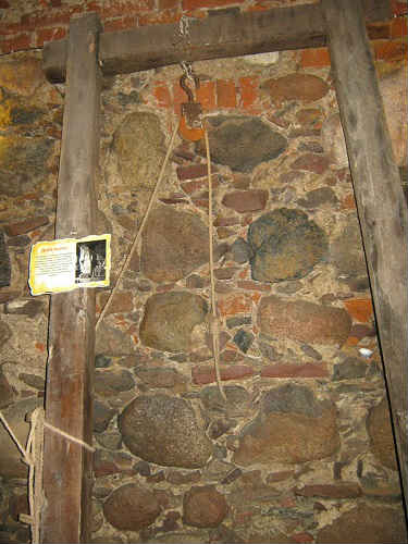 Замок Шаакен Музей святой инквизиции