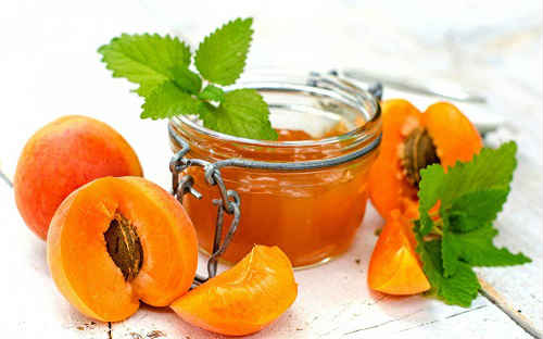 варенье из абрикосов дольками с ядрами
