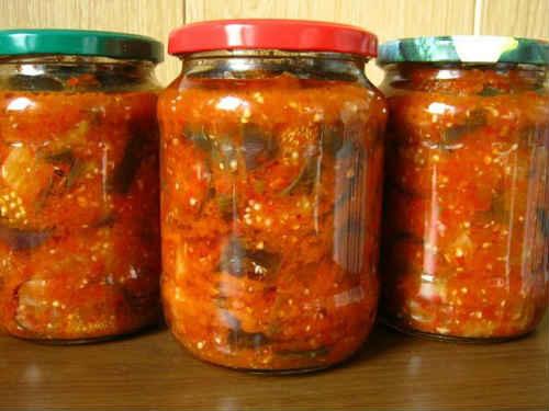 салат из кабачков с баклажанами на зиму )