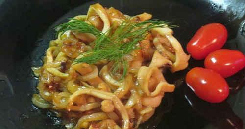 кальмары в соусе