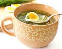 щавелевый суп с яйцом