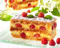 Пирог с клубникой - 7 простых и вкусных рецептов из свежей и замороженной ягоды