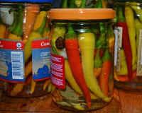 Маринованный горький перец - рецепт без стерилизации, по-грузински, армянски, корейски, с медом