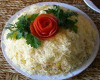 Салат Мужской каприз - рецепты с курицей, говядиной, маринованным луком
