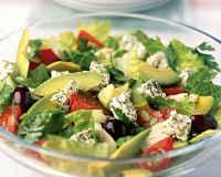 Салаты из авокадо и огурцов - рецепты с помидорами, креветками, тунцом, курицей