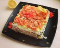 Салат суши с красной рыбой - рецепты слоями с авокадо, крабовыми палочками, нори
