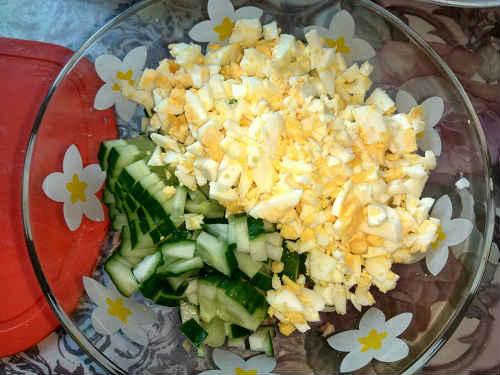 огурцы и яйца