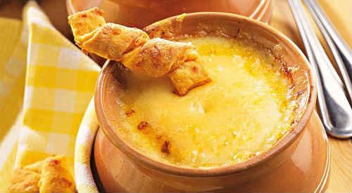 классический французский луковый суп