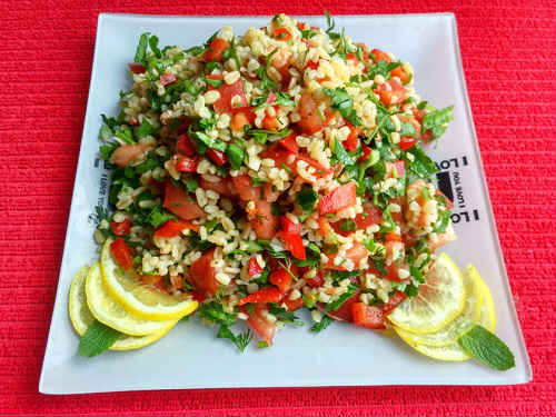 салат из булгура и овощей