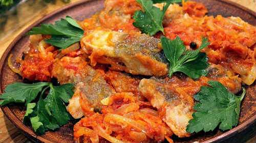 как приготовить рыбу в томатном соусе