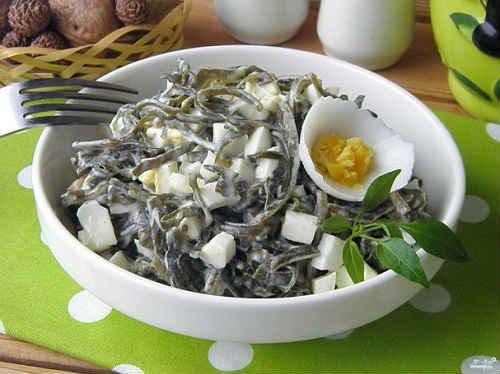морская капуста с яйцом